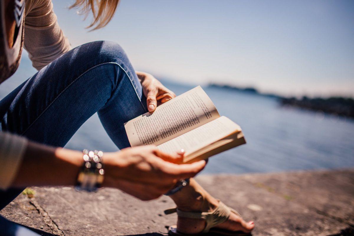 Tunnetko kirjojen Helsingin? Testaa 10 kysymyksen visassa!