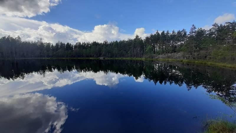 8 komeaa järvinäkymää Nuuksiossa